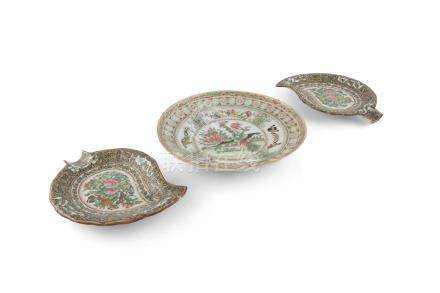 A PAIR OF CHINESE 'CANTON EXPORT' LEAF SHAPED DISHES, 19th century, each filled with butterflies,