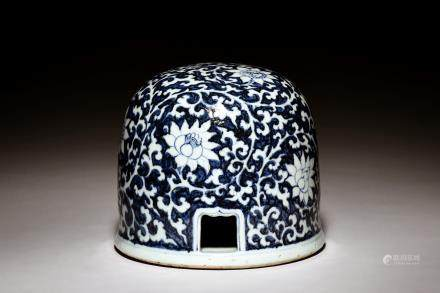 BLUE AND WHITE 'FLOWERS' YURT VESSEL
