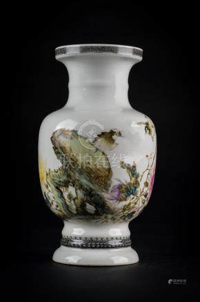 Chinese Art A porcelain vase painted with flowers, birds and