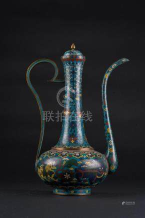 Chinese Art A cloisonnè ewer and cover decorated with flora