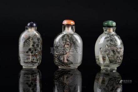 Chinese Art Thee interior painted glass snuff bottles with s