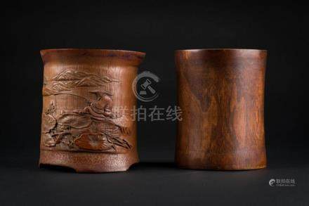 Chinese Art Two cylindrical bamboo wooden brushpots (Bitong)