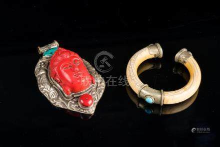 Himalayan Art Lot composed of silver, turquoise, coral and r