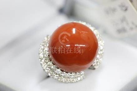 豪鑲大珊瑚球型戒指