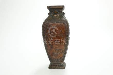 銅花鳥獸耳四方瓶