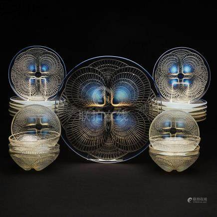 'Coquilles', Twelve Lalique Moulded Opalescent Glass Plates, Eight Bowls & a Large Plate, 1930s