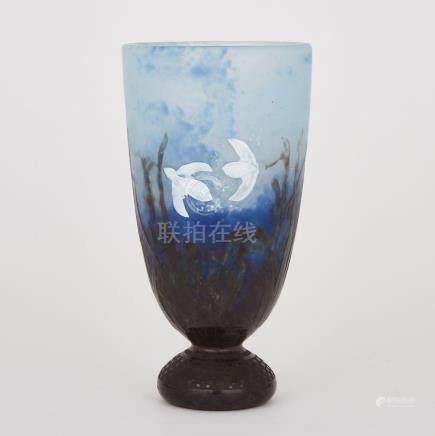 Daum Cameo Glass 'Snowdrop' Vase, c.1900