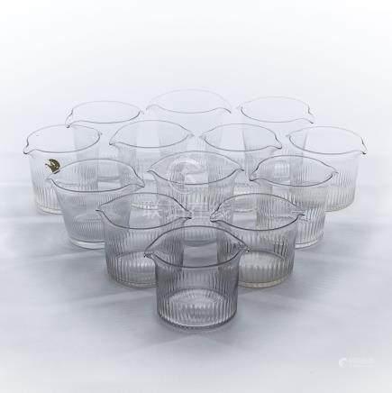 Thirteen Anglo-Irish Cut Glass Wine Glass Rinsing Bowls, early 19th century