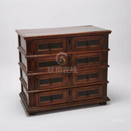 William and Mary Parcel Ebonized Oak Chest of Drawers, early 18th century