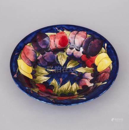 Moorcroft Wisteria Bowl, c.1925, height 2.2\ — 5.5 cm., diameter 10.9\ — 27.6 cm.