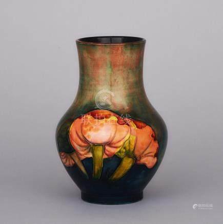 Moorcroft Flambé Claremont Vase, 1930s, height 8.5\ — 21.6 cm.