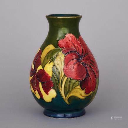 Moorcroft Hibiscus Vase, 1970s, height 7.7\ — 19.5 cm.