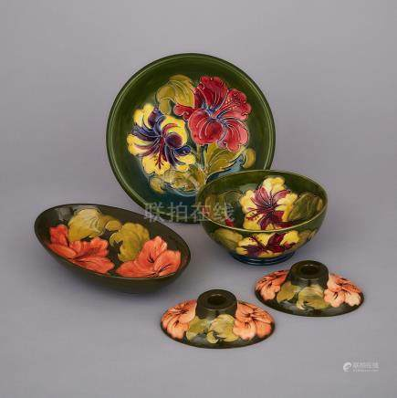 Group of Moorcroft Hibiscus Articles, c.1960-80 (5 Pieces)