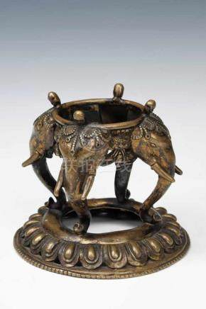 KAPALA bronze, Tibet, 15th century, H: 11 cm / W: 12 cm / D: 12 cm Rare beautiful bronze kapala