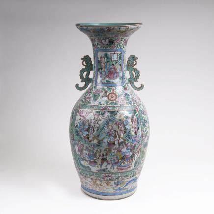 An Imposing Kanton Vase