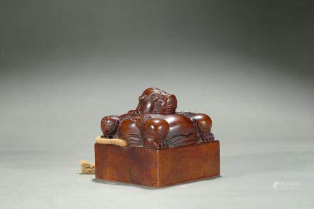 A large Imperial sandalwood 'mythical beast' seal