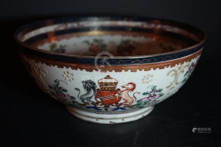Middle Qing Dynasty Export Porcelain Large Bowl