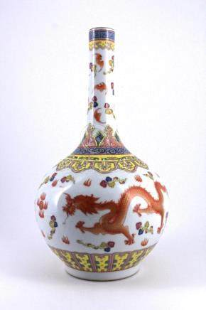 Qing DouCai Dragon Porcelain Vase
