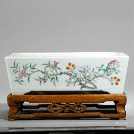 CHINESE PORCELAIN SQUARE FLOWERPOT