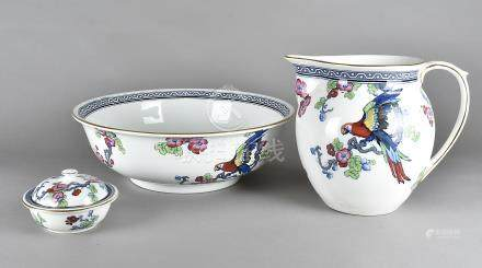 An Art Deco Staffordshire jug and basin set, transfer printed in colours