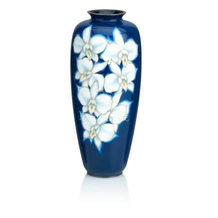 A large cloisonné enamel vase By the Ando Jubei Company, Taisho/Showa, 20th century