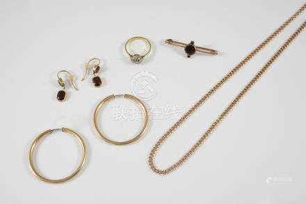 A QUANTITY OF JEWELLERY including a diamond cluster ring, set in gold, a pair of 9ct. gold hoop