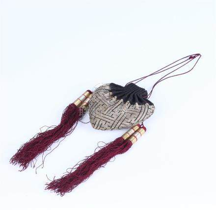 A CHINESE EMBROIDERED SILK PURSE
