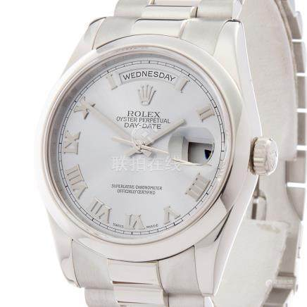 Rolex Day-Date Platinum - 118206