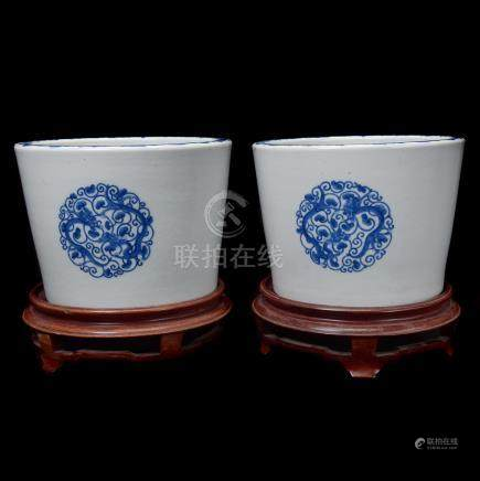 Pair of Underglaze Blue Cylindrical Planters, 19th C