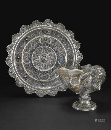A Turbo shell cup and stand with parcel-gilt silver filigree and Lazurite reserves, China or Sumatra, circa 1680-1720