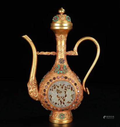 A Gilt Bronze Wine Pot
