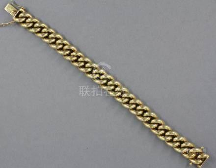 Bracelet à maillons en or jaune 18k, pds : 133,6 g.