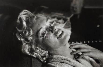 ELLIOTT ERWITT born 1928 Marilyn Monroe, New York 1956 gelat