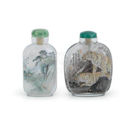 Two interior painted snuff bottles (4) each 6.4 cm high