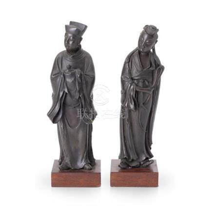 Two bronze standing figures late Ming dynasty, 17th century
