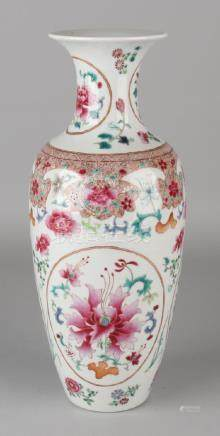 Large 18th - 19th century Chinese porcelain Family Rose