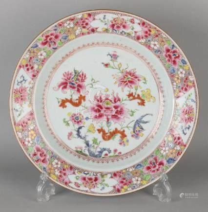 Large 18th century Chinese porcelain Family Rose dish