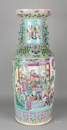 Very large Chinese porcelain Family Rose vase with