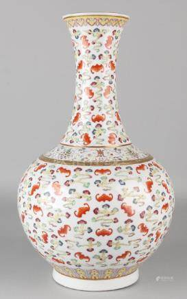 Large old Chinese porcelain Family Rose vase with bats