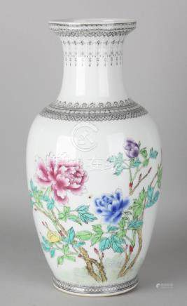Large Chinese porcelain vase with Family Rose floral