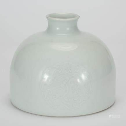 CHINESE WHITE GLAZED ANHUA TAIBAI ZUN