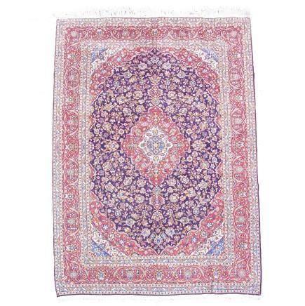A large, fine Kashan carpet. 400 cm x 300 cm.