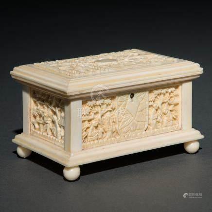 Caja Joyero realizado en marfil tallado. Trabajo Chino, Siglo XIX-XX.