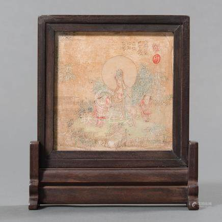 Biombo de mesa chino realizado en madera y piedra grabada. Trabajo Chino, Siglo XX.