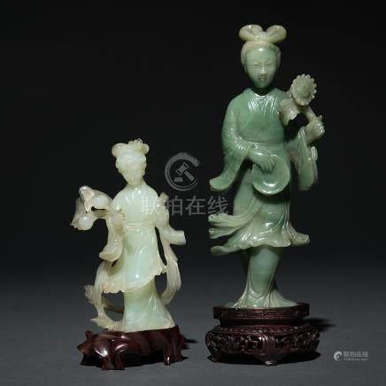 Pareja de damas chinas realizadas en jade y jadeita verde. Trabajo Chino, Siglo XX