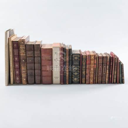 Conjunto de 28 libros de diferentes temáticas de los siglos XVIII- XIX - XX.