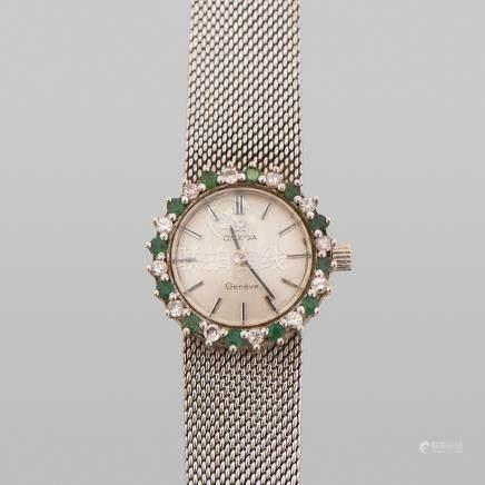 Reloj de Dama marca Omega en oro blanco de 18 Kt.