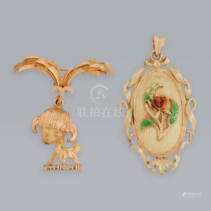 Conjunto de dos colgantes en oro amarillo de 18 Kt.