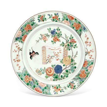 A FAMILLE VERTE 'PAINTING SCROLL' DISH