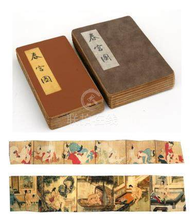 Two early to mid 20th century Japanese concertina action books depicting erotic scenes.